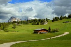 Alpe di Siusi by Annalisa Bianchetti on 500px - Seiser Alm, (Italian: Alpe di Siusi, Ladin: Mont Sëuc) is the largest high altitude Alpine meadow in Europe. Located in Italy's South Tyrol...