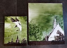 Algae paintings. Designer Nicole Spit, Studio Dáárheen. Made with red seaweed and spirulina algae.