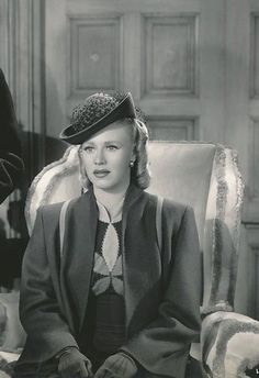 i can feel the stars and the lonely hearts (Posts tagged ginger rogers) Hollywood Fashion, Vintage Hollywood, Classic Hollywood, 1940s Fashion, Vintage Fashion, Old Hollywood Actresses, Classic Actresses, Actors & Actresses, A Fine Romance