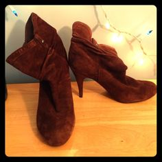 NWOT Guess Brown Suede Stiletto Booties Brown Guess suede boots in NWOT condition! Barely worn, virtually no signs of wear, stiletto heel, incredibly comfortable! If you have any questions please ask! NO Trades NO PayPal Guess Shoes Ankle Boots & Booties