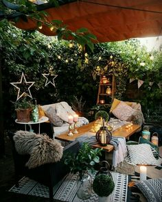 Outdoor Seating, Outdoor Rooms, Outdoor Living, Outdoor Decor, Deco Restaurant, Budget Home Decorating, Home Improvement Loans, Home Decor Furniture, Unique Home Decor