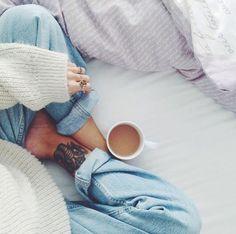 Hot beverages in bed