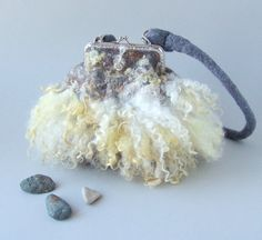 Felted handbag Grey Fur locks felt by Fieltros Nimin