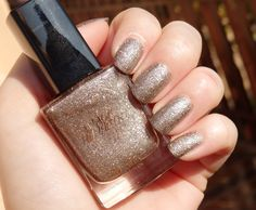 Review of Avon Magic Effects Molten Metal nail polish in Titanium