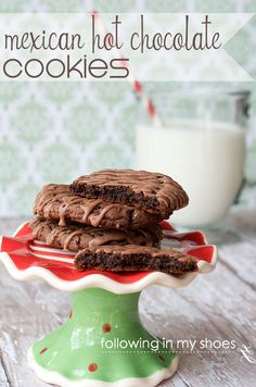Mexican hot chocolate cookies ... spicy, chocolate perfection. And EASY -- great for cookie exchanges!  #IDBaking Cinnabon International Delight Coffee Creamer Recipe