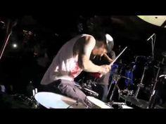 Travis Barker  & Yelawolf - pop the trunk