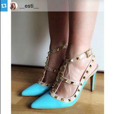 Uno de nuestros modelos más vendidos. También en rosa nude Chicas Lolita Blu ¡ Gracias por compartir¡