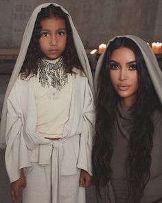 mother and daughter💜 kimkardashian northwest kardashian kardashians kardashianstyle kardashianfamily kardashianwest celebrities celebrity famosos Kim Kardashian Kanye West, Kim Kardashian Meme, Robert Kardashian, Kim Kardashian Before, Kim Kardashian Pregnant, Kim Kardashian Wedding, Estilo Kardashian, Kim And Kanye, Kardashian Family