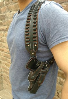 Gun Holster, Leather Holster, Holsters, Tooled Leather, Make A Family, Leather Projects, Leather Crafts, Custom Leather, Leather Working