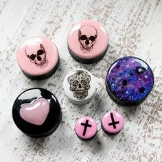 Lol need these for fake plugs then got to get my ears pierced Body Jewelry Piercing, Body Piercings, Ear Jewelry, Piercing Tattoo, Cute Jewelry, Jewelery, Bullet Jewelry, Skull Jewelry, Jewelry Ideas