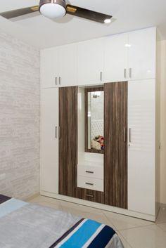 Wardrobe Design Bedroom, Bedroom Bed Design, Bedroom Furniture Design, Modern Bedroom Design, Home Room Design, Interior Modern, Living Room Designs, Almirah Designs, Dressing Table Design