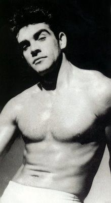 This uncredited photo is from 1950. Sean Connery would place 3rd in the Mr. Universe competition three years later.