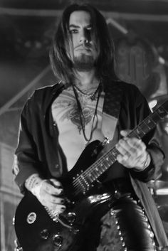 Dave Navarro - Jane's Addiction / Red Hot Chilly Peppers