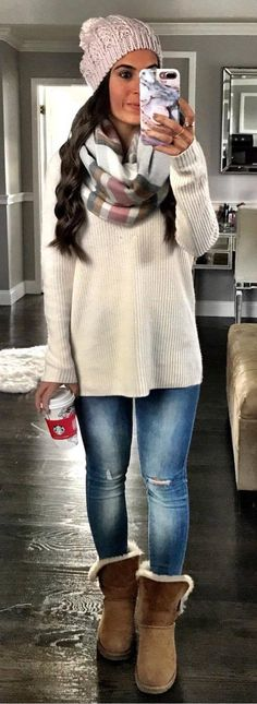 cool winter outfit / hat plaid scarf sweater skinnies boots