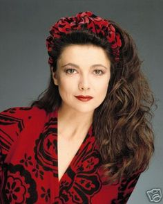 Emma Samms aka Holly Sutton Scorpio, 1982-1985, 1992-1993, 2006, 2009, 2012-2013, GH