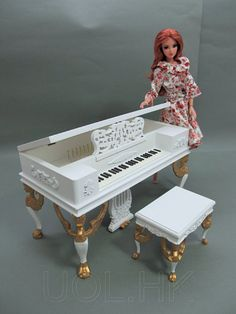 Miniature  1:6 Scale White Piano With Stool by UOLHKscalefurniture