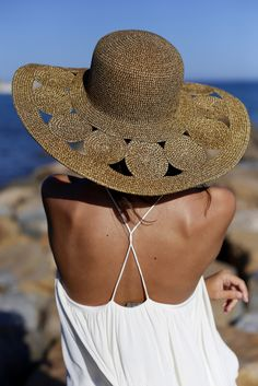 Elegant #Backless #Summer #Dress from styletracker-na.tumblr.com