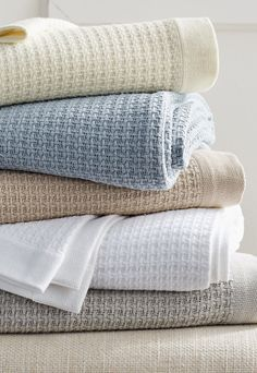 As cozy as your favorite sweater, our Egyptian Cotton Thermal Blanket adds a layer of warm, lightweight luxury to your bed. Woven from pure, extra-long staple combed cotton, the soft hand of this blanket maintains resiliency wash after wash. Window Bed, Window Seats, Thermal Blanket, Egyptian Cotton Bedding, Cozy Bed, Luxury Bedding, Modern Bedding, Bedding Collections, Towel Set