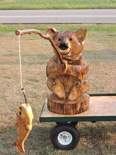 Fish, Bear, fishing Bear, Chainsaw Carving, Lawn Decoration, Chainsaw Art, Wood Statue, Carving, Yard Decoration