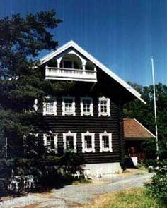 traditional karelia - Google-haku Houses, Cabin, Traditional, House Styles, Google, Home Decor, Homes, Decoration Home, Room Decor
