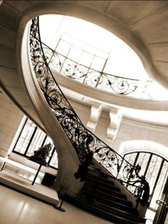 BELGIUM, Brussels, staircase Maison Tassel (UNESCO highest degree - first Art Nouveau House in the world). By Belgian architect Victor Horta. Art Nouveau Interior, Art Nouveau Architecture, Art Nouveau Design, Space Architecture, Architecture Details, Design Art, Art Deco, Design Ideas, Best Interior
