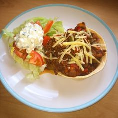 Tortillas slimming world style only 4.5 syns - stand & stuff tortilla (4 syns), minced beef less than 5% fat, mixed peppers, onions, mushrooms, mixed herbs, ground cumin, smoked paprika, chilli powder, passata, Worcester sauce, mixed salad & chive & onion low fat cottage cheese (0.5 syns per 100g)