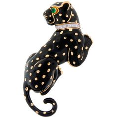 Preowned David Webb Black Enamel Diamond Yellow Gold Panther Pin /... ($19,500) ❤ liked on Polyvore featuring jewelry, brooches, accessories, brooch, yellow, david webb jewelry, diamond jewelry, gold jewellery, enamel jewelry and 18k gold jewelry