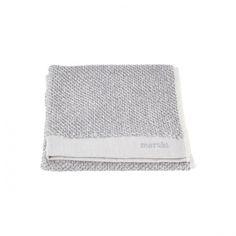 Meraki håndkle, pakke med 2 stk. 100�0bomull, vaskes på 60 grader. Prisen er for en pakke med 2 håndkler. Farge grå- og hvitmelert.Mål: 50x100 cm