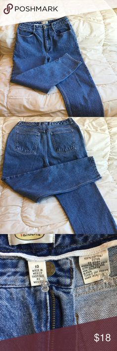 Talbots jeans No visible wear except slight fading, not distressed.  Fits at waist.  Measures 15 inches across top at waist, lying flat.  Leg inseam is 29 inches.  No stretch. Talbots Jeans Straight Leg