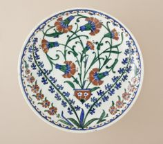 http://upload.wikimedia.org/wikipedia/commons/1/1f/Dish_LACMA_M.2006.130.jpg?uselang=tr