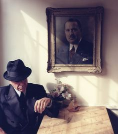 Tina Tyrell, Leonard Cohen beneath a portrait of his father, Nathan Cohen #truenewyork #lovenyc