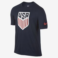 The U.S. Crest Men's T-Shirt pays tribute to the national team with a large graphic on soft cotton fabric.