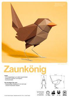 Der 3. und vorerst letzte Sperlingsvogel passend zum Rotkehlchen und der Blaumeise. Die geometrische Optik macht es zum Blickfang und die dem Original nachempfundenen Farben passen zu jedem Einrich…