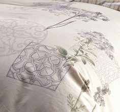 marie-claire-guinevere-quilt-cover-detail-linen Quilt Cover Sets, Marie Claire, Tapestry, Quilts, Detail, Home Decor, Hanging Tapestry, Tapestries, Decoration Home