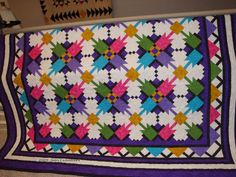Morning Splash Quilt Pattern   This free quilt pattern is a dreamy kaleidoscope of color!