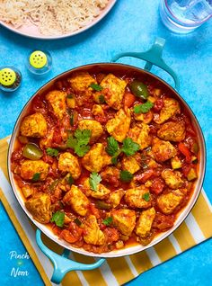 Chicken Jalfrezi - Pinch Of Nom Slimming World Chicken Dishes, Slimming World Recipes, Curry Recipes, New Recipes, Healthy Recipes, Healthy Meals, Healthy Food, Eating Healthy, Slow Cooker Recipes