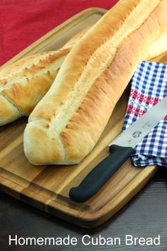 The Stay At Home Chef: DIY Homemade Cuban Bread. If I could only find out how to make that fantastic Cuban Ham now. This is such a great bread for sandwiches. I make this for a loose meat sandwich that we love all year round AS WELL. Bread Machine Recipes, Bread Recipes, Cooking Recipes, Naan, Cuban Bread, Stay At Home Chef, Cuban Dishes, Cuban Cuisine, Cuban Recipes