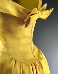 Yellow   Giallo   Jaune   Amarillo   Gul   Geel   Amarelo   イエロー   Colour   Texture   Style   Form    Cristobal Balenciaga.