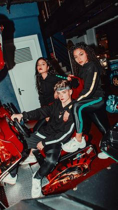now united packs Korean Best Friends, Bailey May, Black Panther Marvel, Friend Goals, Sabrina Carpenter, My People, Pop Group, Cute Couples, Memes