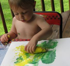 15 Easy and Inexpensive Summer Activities for Toddlers