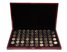 Gold Plated 56 US State Quarter Collection in Glossy Flat Display Box Numismatic Coins, State Quarters, Creating Passive Income, Gold And Silver Coins, Coin Grading, Displaying Collections, Display Boxes, Flat, Coin Collecting
