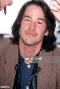 Canadian actor Keanu Reeves attends The Annual IFP/West Independent Spirit Awards on March 27 1993 at Santa Monica Beach in Santa Monica. # monica lemonade Braids Canadian actor Keanu Reeves attends The Annual IFP/West. Keanu Reeves House, Keanu Reeves John Wick, Keanu Charles Reeves, Star Cafe, Keanu Reaves, The Boy Next Door, Spirit Awards, Matrix, Smile Face