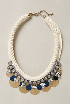 Sparkled Himalia Necklace
