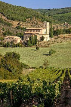 Toscana Abbazia di Sant'Antimo provincia di Siena