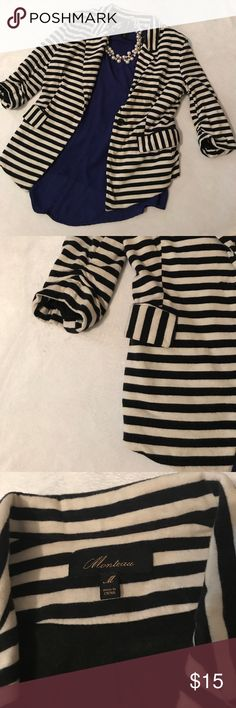 Stylish black & white cotton blazer. Monteau black and white (could be considered a cream color by some) striped cotton blazer. Feels soft like a tee. Super soft, comfy and casual blazer that is perfect with jeans and heels. Size M and great condition. Smoke free home Monteau Jackets & Coats Blazers