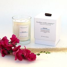 Infuse your home with the scent of jasmine with this beautiful Hawaiian Romance Candle from Brooklyn Candle Company!