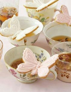 Tea – Tea Party Etiquette – Etiquette and Menus Guide high tea --love the butterfly cookies perched on teacups!high tea --love the butterfly cookies perched on teacups! Biscuits Papillon, Tee Sandwiches, Finger Sandwiches, Butterfly Cookies, Butterfly Kisses, Afternoon Tea Parties, Afternoon Tea Baby Shower Ideas, Afternoon Delight, Snacks Für Party