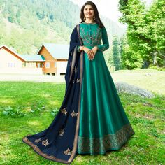 Looking to buy Anarkali online? ✓ Buy the latest designer Anarkali suits at Lashkaraa, with a variety of long Anarkali suits, party wear & Anarkali dresses! Silk Anarkali Suits, Anarkali Gown, Anarkali Bridal, Indian Anarkali, Long Anarkali, Sharara Suit, Lehenga Choli, Abaya Fashion, Indian Fashion