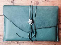 MacBook Hoes 13 inch voor de Laptop Turquoise door Charezza Leather