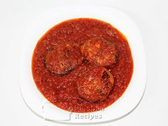 Nigerian Fried Fish Stew: Preparing the almighty Nigerian red stew with fish so that the fish does not scatter.